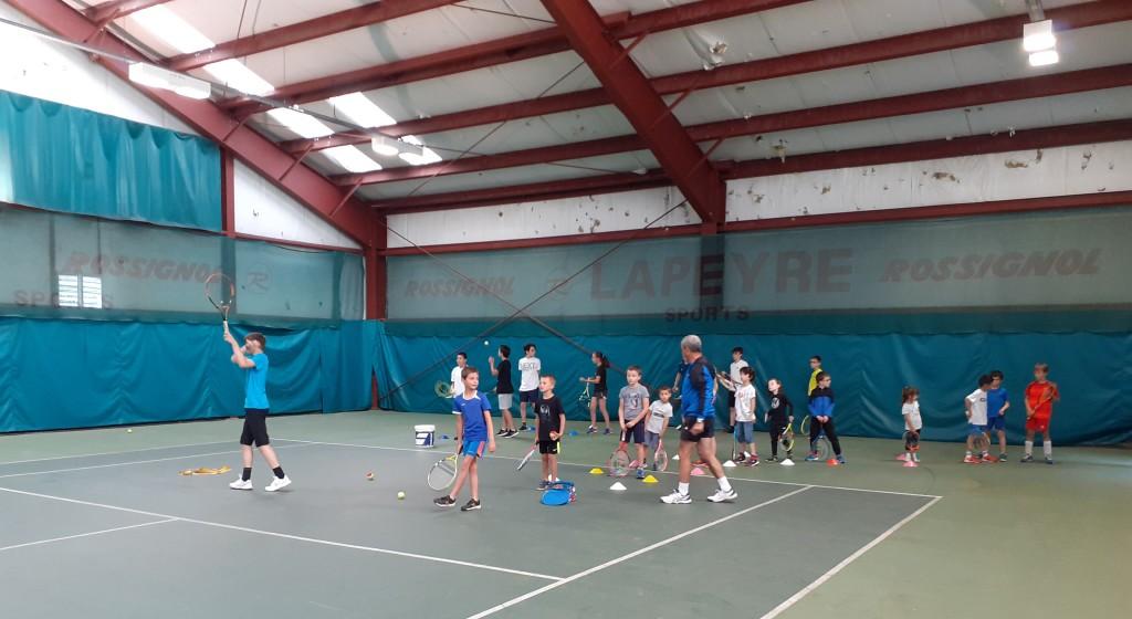 Fete tennis jeune
